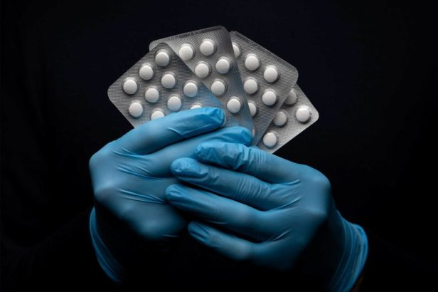 20200329-hydroxychloroquine-3x2
